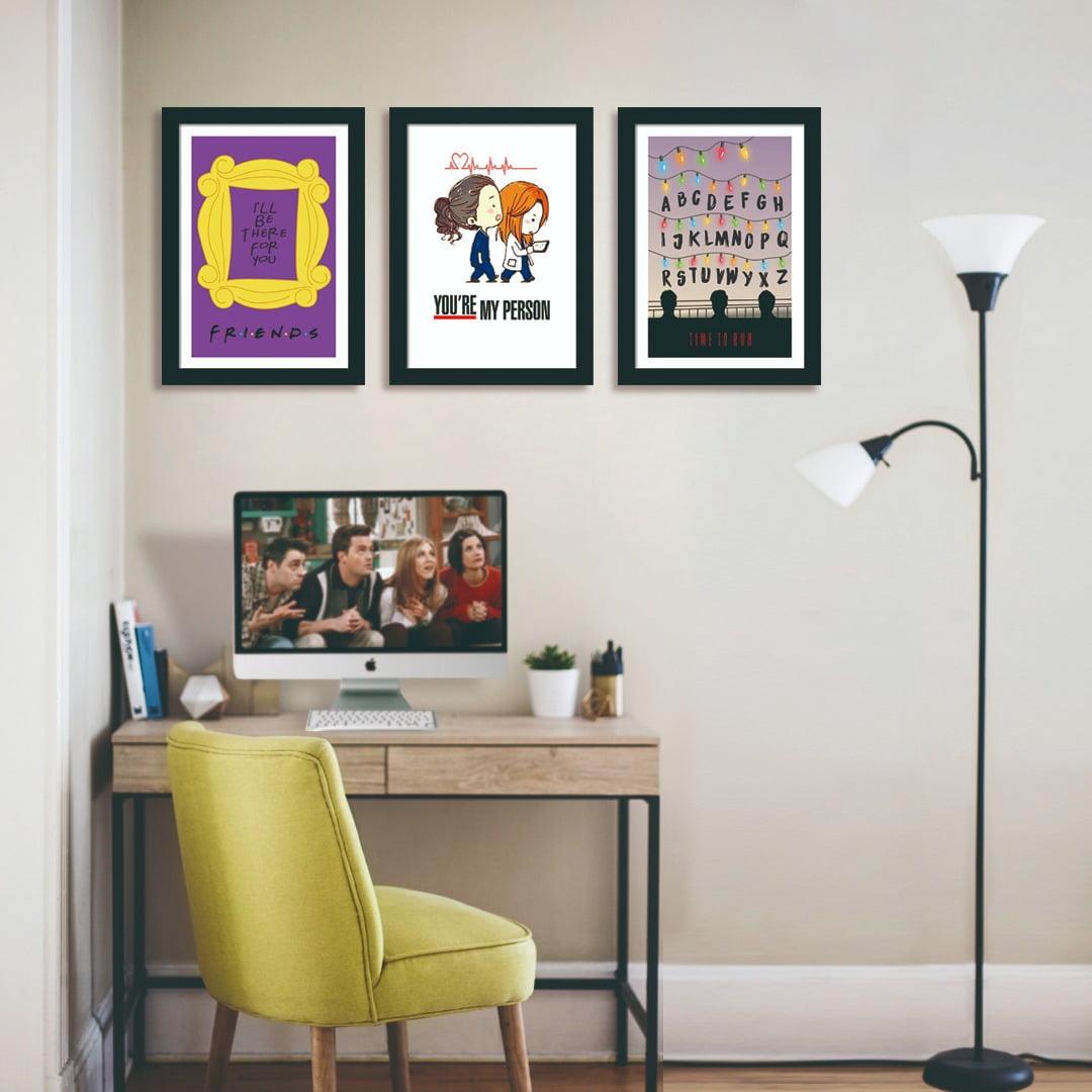 Conjunto de 3 Quadros Decorativos para Escritório Séries Friends e Run Stranger Things - Filmes
